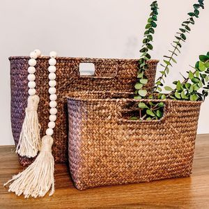 Set of 2 Vintage Brown Wicker Nesting Tote Baskets
